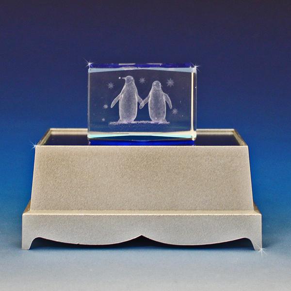 3d Laser Engraved Crystal Penguin Love Glass Gallery